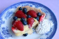 Tærte med jordbær og blåbær ♡